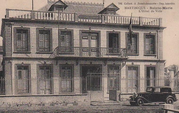 cette mairie est la deuxième et se trouvait rue Eugène Agricole ( polyforum Jérome Mercan)